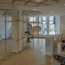 Ausstellungsaufbau . das Regal